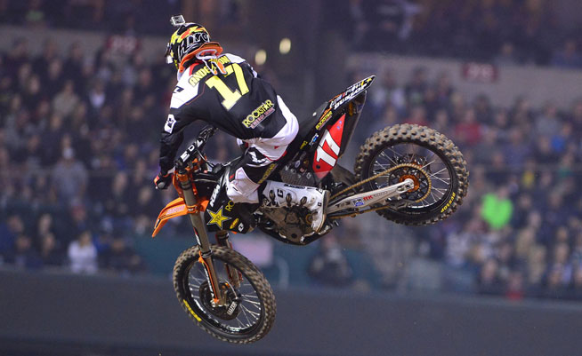 Justin Anderson became the first repeat winner of the 2014 Monster Energy AMA Supercross season, pulling off a last-lap pass on Cole Seely to win the 250cc main. The pass was eerily similar to Anderson's winning move at the series opener in Anaheim.