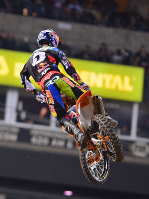 Ryan Dungey rode a strong race and finished third in the 450cc main.