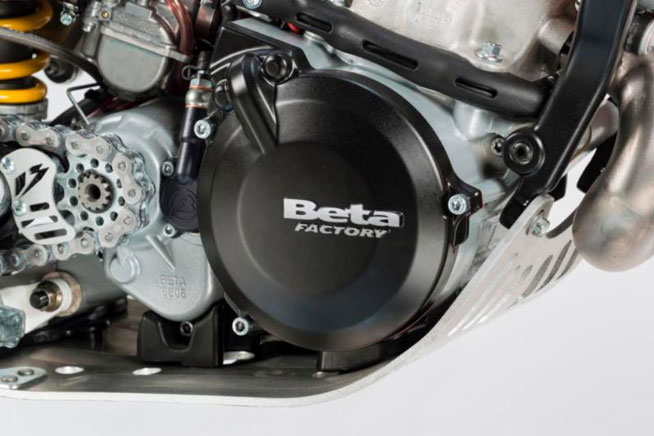 A magnesium engine case shaves 3.3 lbs. from the EVO Factory Edition and helps to improve handling.