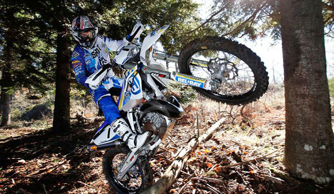 A former World Championship trials rider, Jarvis has both the speed and technical skill to get the job done in Erzberg.