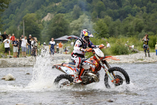 Red Bull KTM's Jonny Walker backed up his 2014 Red Bull Hare Scramble win with another win at the REd Bull Romaniacs Hard Enduro in Sibiu, Romania, Saturday. PHOTO BY FUTURE7 MEDIA, COURTESY OF KTM IMAGES.
