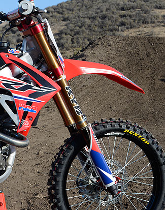 Canard prefers the factory version of the KYB PSF fork that comes fitted to the 2015 Honda CRF450R...