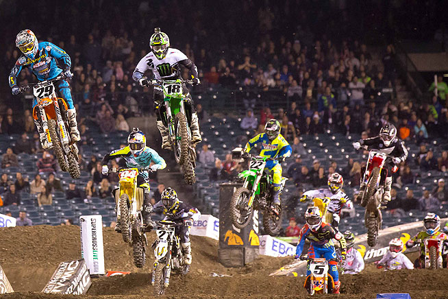 BTO Sports KTM's Andrew Short (29) took the early lead in the 450cc main event, only to crash. Roczen (94) quickly went to the front, followed by eventual runner-up Ryan Dungey (5).