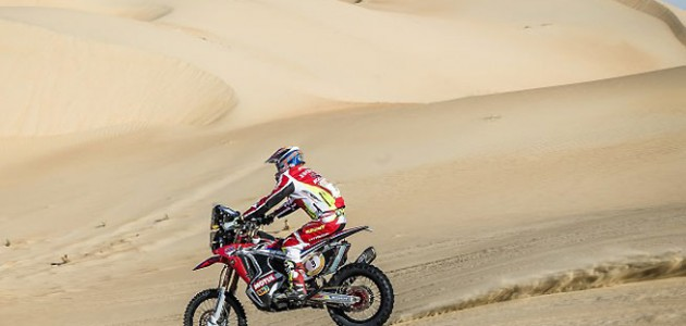 Joan Barreda, 2015 Abu Dhabi Desert Challenge. PHOTO COURTESY OF TEAM HRC.