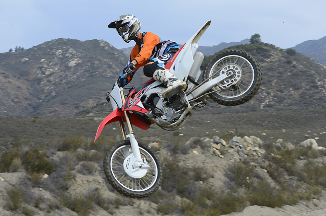 The CRF250R barks cleanly and bites with a lot more aggression than in 2015. Power production is still seamless, but it is more robust and more exciting from bottom to top, making it easier to blast out of berms and clear large jumps. Test rider Ryan Abbatoye enjoyed flying.