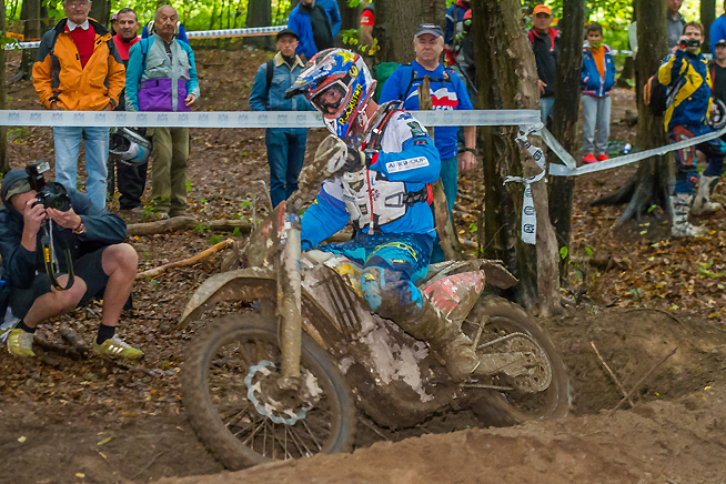 Ryan Sipes finished third today in the E2 class but still leads the individual standings at the ISDE with just one day remaining. A win by Sipes would assuage Team USA's disastrous week in both the World Trophy and Junior World Trophy competitions.