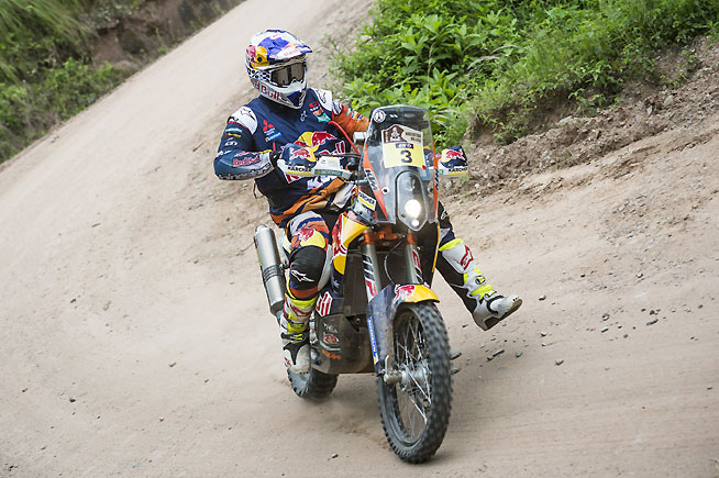 Toby Price opened the stage today but ultimately rode to a conservative 37th-place finish and dropped to 10th overall. Price is banking on the more difficult navigational stages that lie ahead to put himself back into contention for the Dakar win. PHOTO COURTESY OF RED BULL CONTENT POOL.