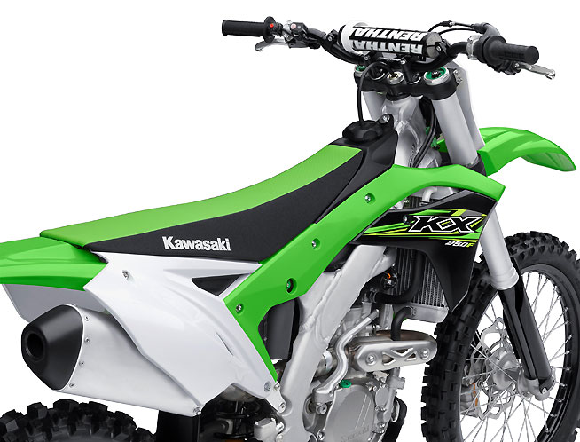 Angled radiators like those introduced last year on the KX450F give the 2017 KX250F a slimmer ergonomic profile. The seat, larger-capacity fuel tank and all of the bodywork are all-new.