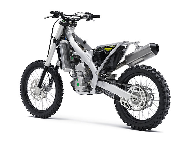 The 2017 Kawasaki KX250F's aluminum perimeter chassis is lighter and 6mm slimmer than the previous design.