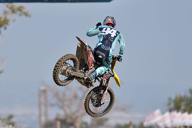 Ken Roczen appeared set for another sweep before a fork failure robbed him of the first-moto win. Roczen won the second moto and finished second overall. retaining the 450cc series points lead. PHOTO BY STEVE COX.
