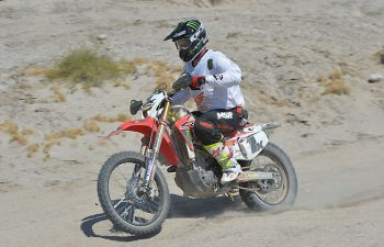 Samuels rode 120 miles for the team in sweltering conditions on the San Felipe side of the Baja 500 course. Temperatures hovered around 115 degrees Fahrenheit. PHOTO BY MARK KARIYA.