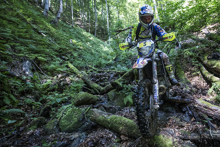 Wade Young scored a big win in the opening mountain stage of the 2016 Red Bull Romaniacs. PHOTO COURTESY OF RED BULL CONTENT POOL.