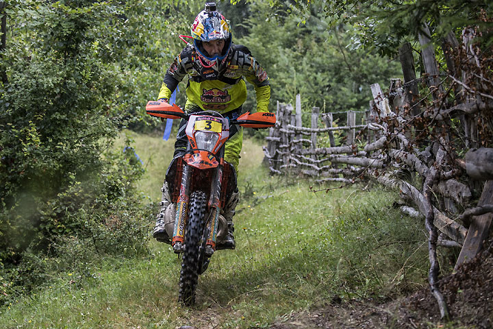 Alfredo Gomez battled with Jarvis during off-road day three of the Red Bull Romaniacs, taking the physical lead before ultimately finishing second. Gomez remains second overall. PHOTO COURTESY OF RED BULL CONTENT POOL.