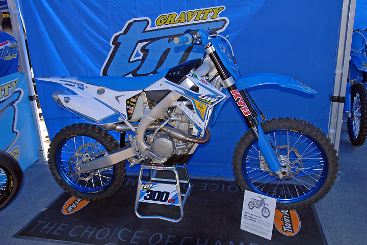 Tm Dirt Bikes >> 2017 Tm 300fi Mx Debuts At Mxgp Of Usa