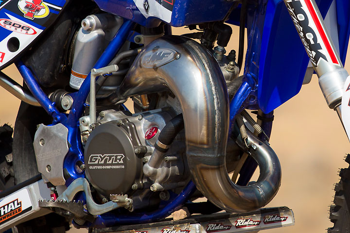 The Ride Engineering YZ85 engine boasts only minimal mods, including a Moto Tassinari VForce3 reed cage and an FMF Factory Fatty pipe and Shorty muffler.