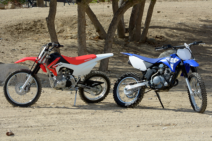 Honda Crf125f Vs Yamaha Tt R125le Comparison