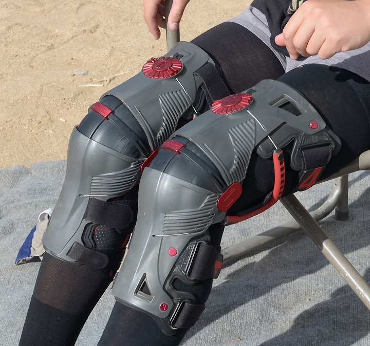 Mobius' X8 knee braces look like something out of Science Fiction Theater, but they offer excellent protection, durability and a supremely comfortable fit.