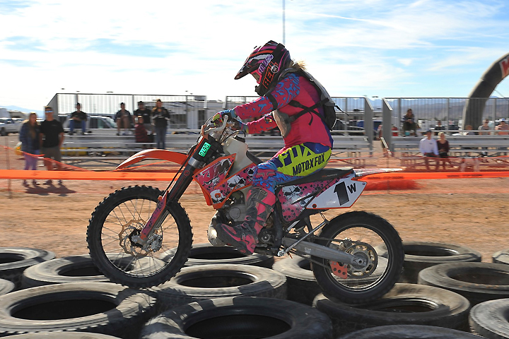 Krista Conway skimmed the tires like a pro en route to the winning Women A class, though she had a back-and-forth battle with Sharon Mowell, who settled for second on the day and in final class points. PHOTO BY MARK KARIYA.