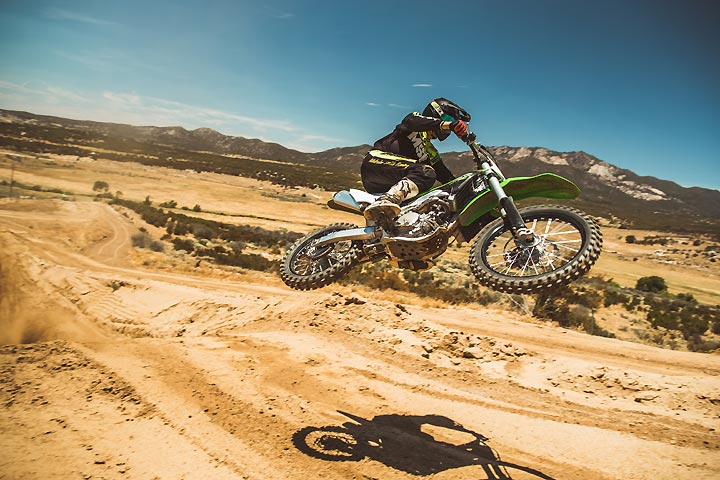 2018 Kawasaki KX250F First Ride Review - Dirt Bikes