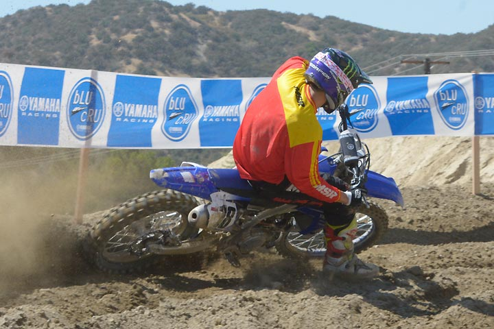 2018 Yamaha YZ450F First Ride Review - Dirt Bikes