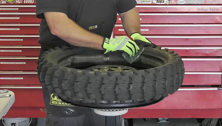dirtbike tire lubricant