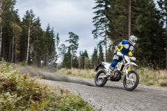 Husqvarna-MY17---701-ENDURO---Action-2-09-28-2016