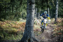 Husqvarna-MY17---701-ENDURO---Action09-28-2016-B